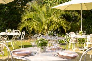 Le Petit Jardin: a warm and friendly restaurant | Le Petit ...
